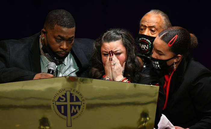 This Week In The News: Civil Rights Leaders Call For Fighting Racial Injustice During Duante WrightFuneral